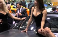 Due carrozzerie a confronto… donne e motori!!