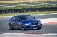 la-nuova-jaguar-xe-sul-circuito-de-navarra-xe-trackedit-g13_052