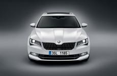 nuova-skoda-superb-wagon-spazio-eleganza-e-dinamismo-suc_01